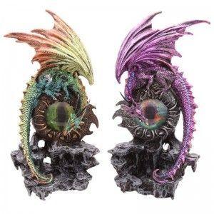 Dragón sobre Ojo de Dragón verde